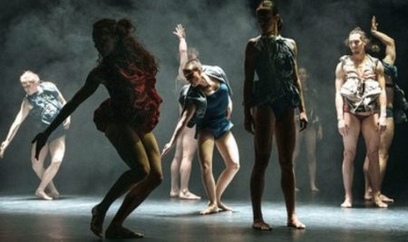 Audicions per al SCOTTISH DANCE THEATRE